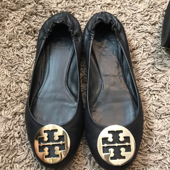 Tory Burch Reva Flats in Black size 9